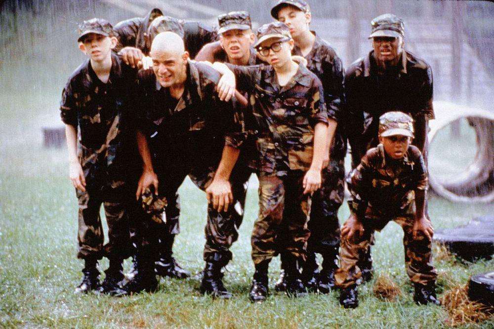 czy oficerowie spotyka się w wojsku szybkie randki śledzić wskazówki e-mail