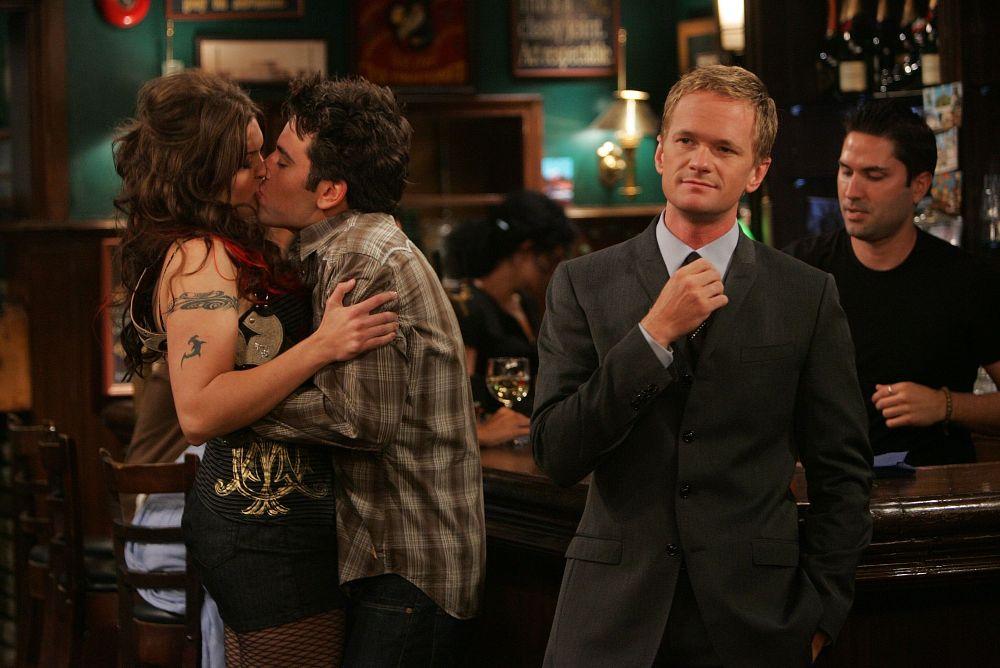 Jak poznałem twoją matkę, kiedy Robin i Barney zaczynają się umawiać