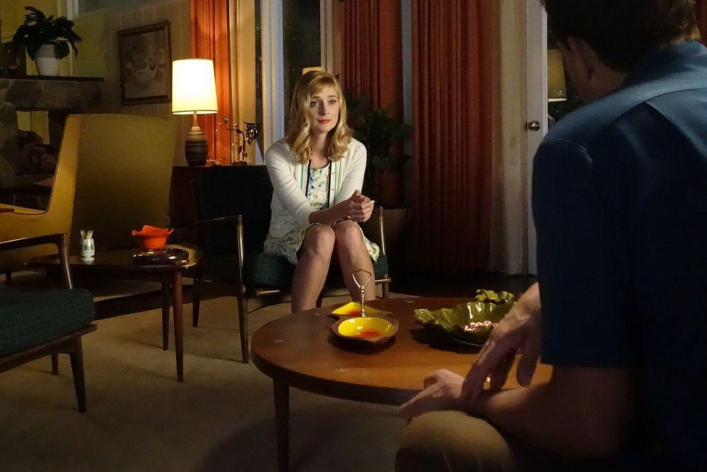 Tisch sex auf dem Stiefpapa ballert